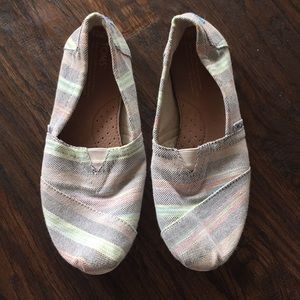 Striped Toms